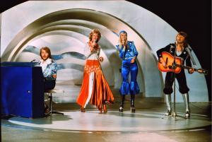 """Gli ABBA all'ESC nel 1974, anno in cui hanno vinto con """"Waterloo"""""""