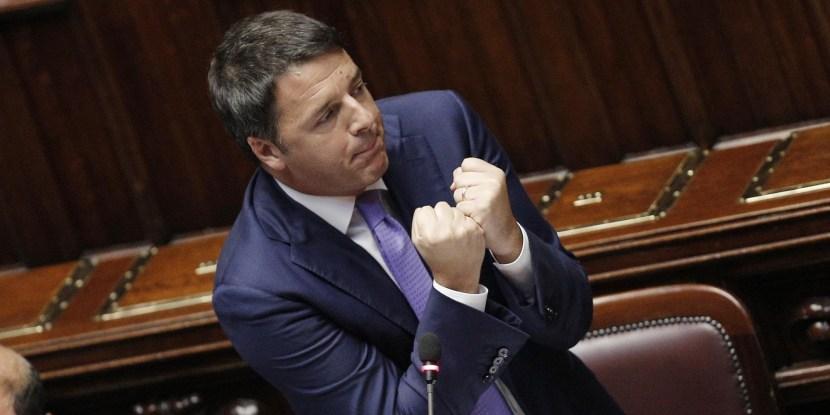 Il Presidente del Consiglio Matteo Renzi alla Camera durante l'nformativa urgente sulle linee di attuazione del programma di Governo, Roma 16 settembre 2014. ANSA/GIUSEPPE LAMI