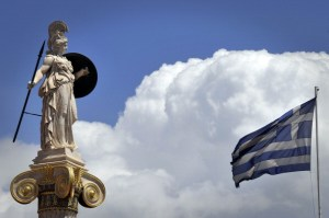 Il passato e il presente della Grecia in una foto
