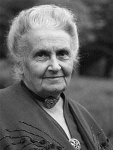 Maria Tecla Artemisia Montessori (1870-1952) è stata una pedagogista e scienziata italiana. Anche lei abbracciò le battaglie per i diritti civili e politici delle donne in Italia