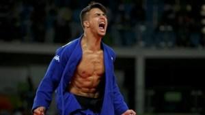 l-esultanza-di-fabio-basile-oro-olimpico-numero-200-della-storia-sportiva-italiana_819509