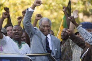morgan-freeman-e-nelson-mandela-nel-film-invictus-141097