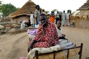 Una donna in un villaggio Sudsudanese