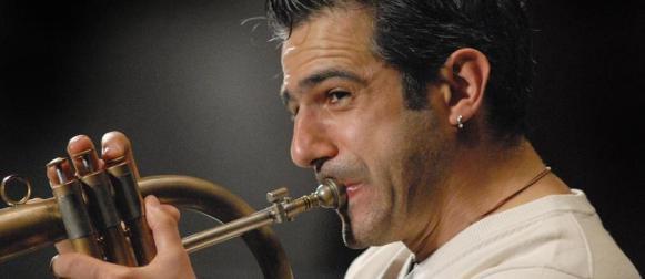 Paolo Fresu  e Time in Jazz in boschi e chiesette della Sardegna