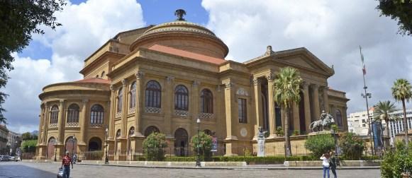 """Sacco a pelo al Massimo di Palermo per """"Una notte a teatro"""""""