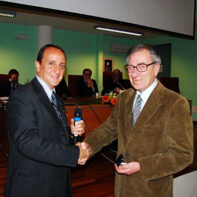 Il presidente dell'Ordine dei Giornalisti di Sicilia, Riccardo Arena e il nostro direttore Salvo Barbagallo