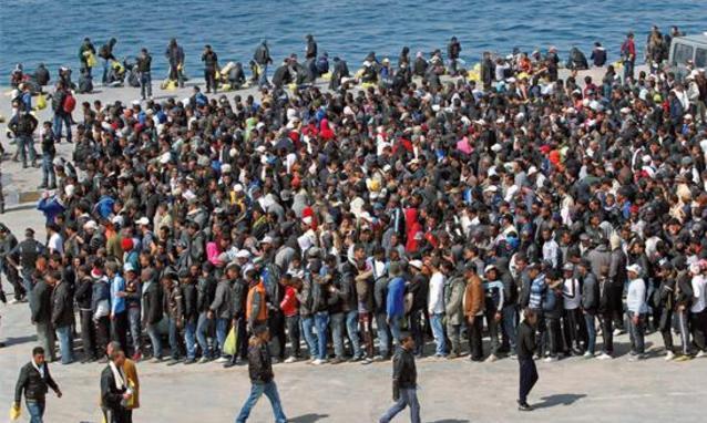 immigrati-massa-2-piano-lungo
