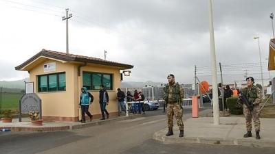 Il Centro d'accoglienza profughi di Mineo