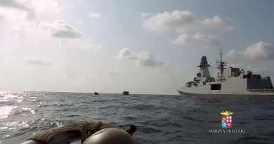 Gli amici Tunisini sequestrano i pescherecci siciliani