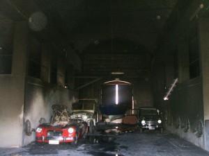Incendiate le auto d'epoca dell'ex-sindaco di Manduria Antonio Calò