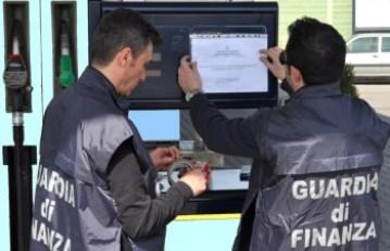 finanza distributore sequestrato-2