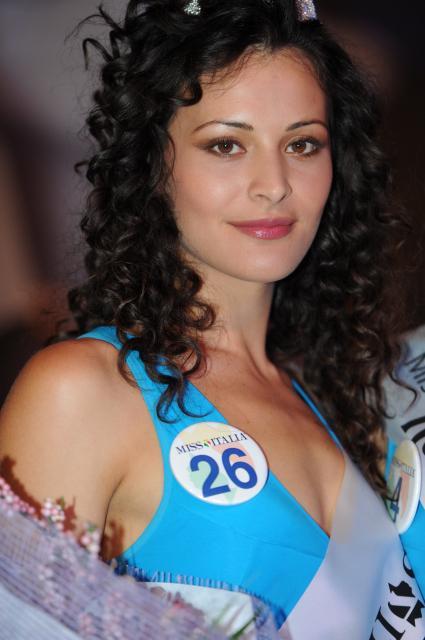 Mayra Pietrocola, Miss Taranto e vice Miss Italia 2011