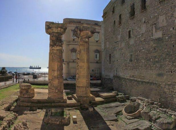 Taranto-Tempio-di-Poseidone