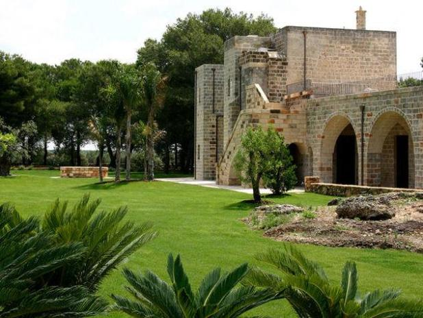 Masseria-Bosco-e-Strazzati-Avetrana-Taranto_o_su_horizontal_fixed