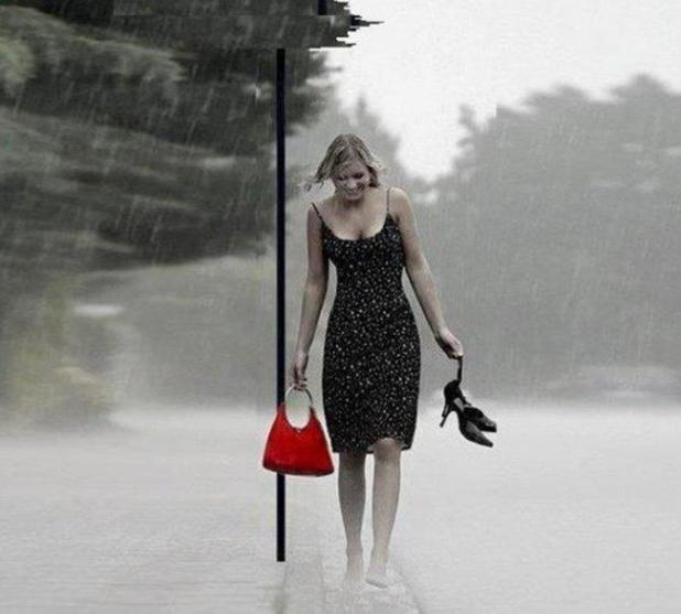 271587__i-love-barefoot-in-the-rain_p