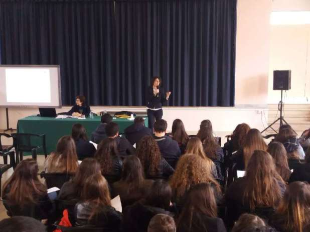 Lezioni di poesia dalle origini agli anni duemilaal Liceo De Sanctis Galilei di Manduria