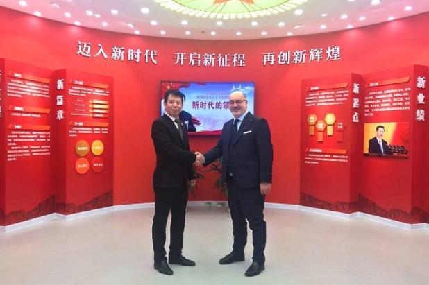 Settore moda-tessile del tarantino: Salvatore Toma in visita in Cina per accordi commerciali tra Puglia e Jiangsu