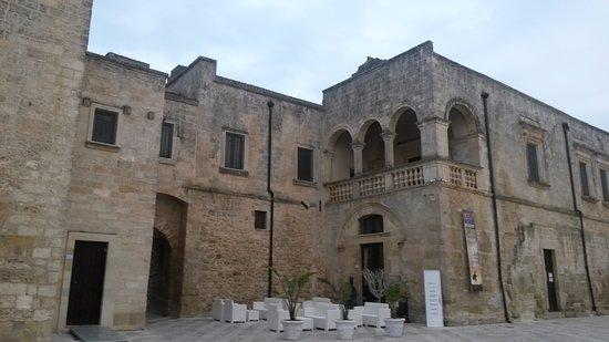 Fortezze e Castelli di Puglia: Il Castello Baronale di Vaste