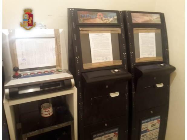 Manduria, sequestrate 5 slot machine non connesse alla rete