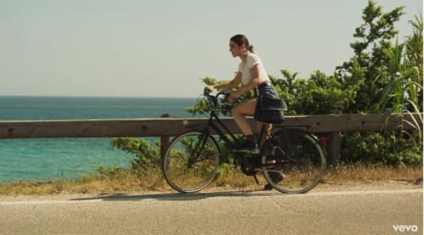 """Tiromancino, il video di """"Vento del Sud"""" è girato in Puglia sulla costa tarantina"""