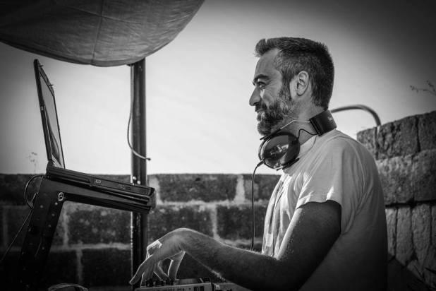 """""""Prima Festa d'Estate"""" sabato 6 luglio a La'nchianata di Torricella, con Peg e ORb dj alla consolle"""