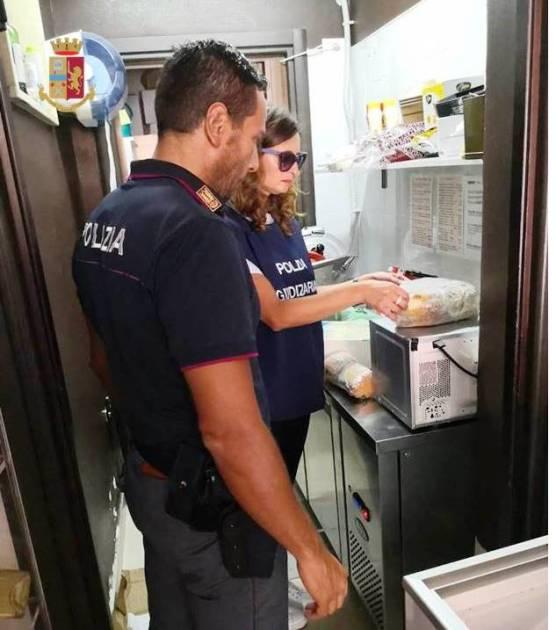"""Grottaglie - """"Comunità Sicure"""", denunciata la titolare di un bar e sequestrati 40 kg di prodotti ittici e alimentari"""