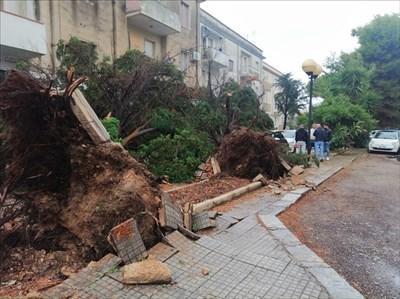 Disagi per il maltempo in tutta la Puglia, bloccata la Maruggio Manduria