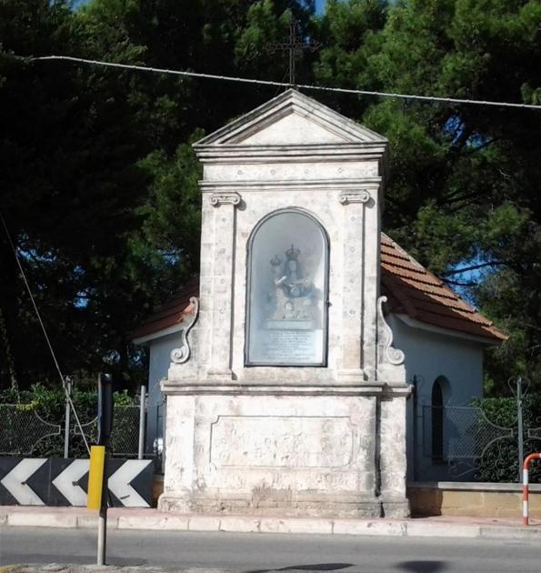 "L'edicola di ""Frasciannibuli"" a Sava tra magia, devozione e leggenda"