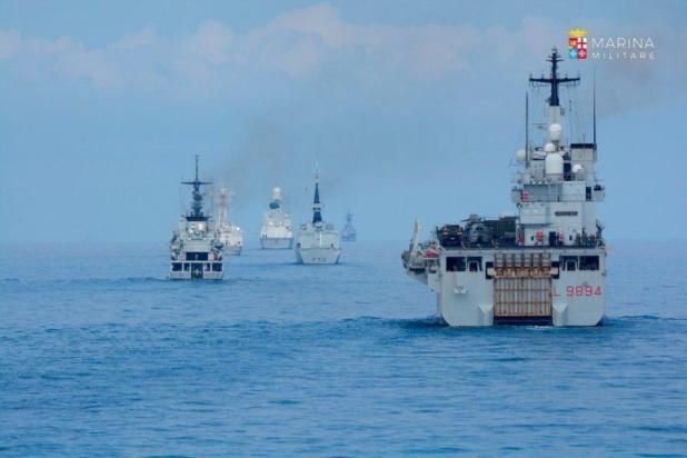 Taranto. Eseguiti 12 arresti per corruzione e turbativa d'asta in gare d'appalto indette dalla Marina Militare