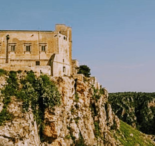Fortezze e Castelli di Puglia: Il Palazzo Baronale di Castellaneta