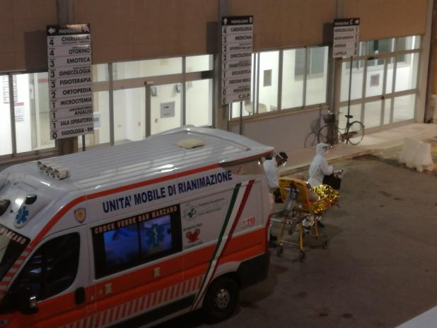 Trasferiti i primi pazienti Covid all'ospedale di Manduria