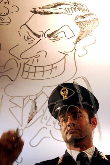 L'Istituto Alberghiero Mediterraneo di Pulsano/Maruggio inaugura la sua prima lezione laboratoriale di educazione civica attraverso l'arte della satira e del fumetto del vice ispettore Paolo Piccione