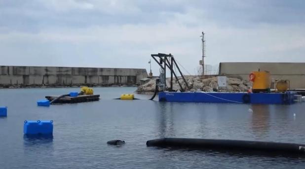 Lavori di dragaggio del porto di Campomarino di Maruggio. La nota di Torre Moline