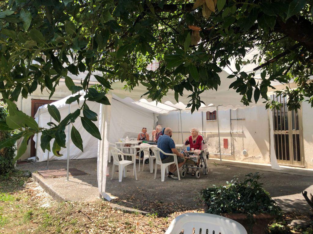 Un nuovo giardino per gli ospiti di Villa Fiorita: il Comune di Cornuda mette a disposizione Casa Fiorinotto