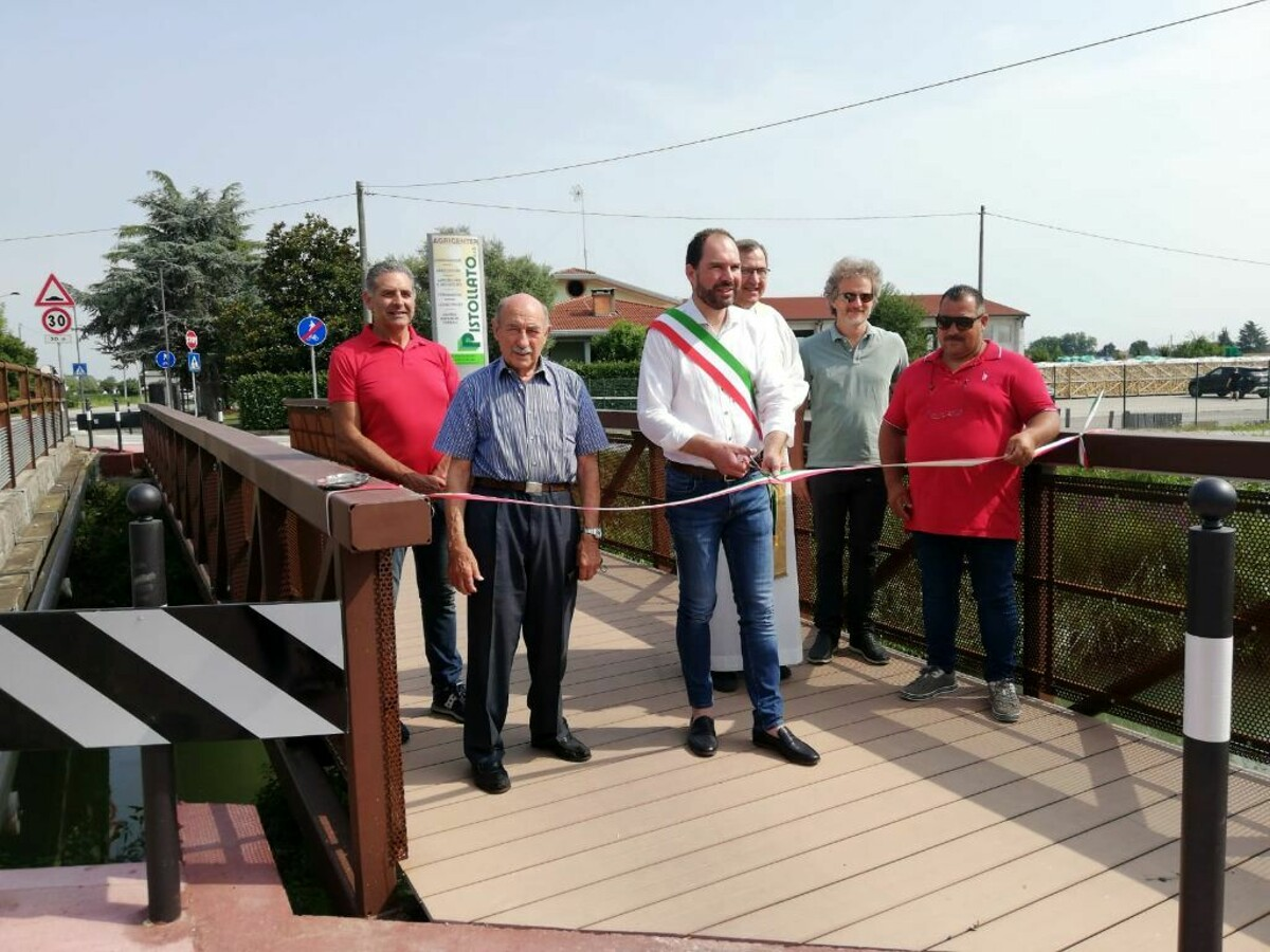 Mogliano, inaugurato il ponte ciclo-pedonale sul fiume Zero