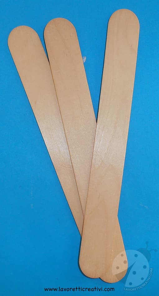 Matita con abbassalingua in legno lavoretti per bambini for Lavoretti con abbassalingua
