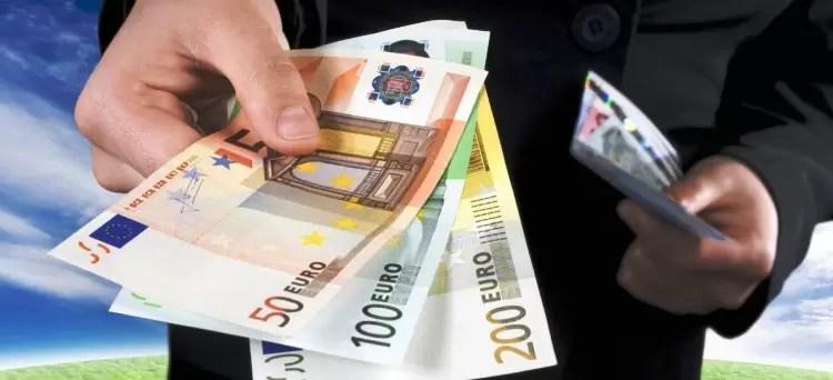 Photo of Finanziamenti concessi da una banca svizzera a clienti residenti in Italia: gli interessi si tassano nel nostro paese
