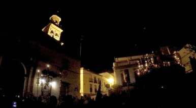 La Divina Misericordia en la Plaza del Derribo, momentos antes de entrar en el templo/ Christopher Rivas