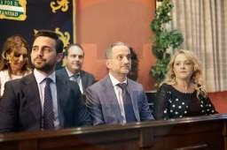 Pedro González, Manuel Céspedes y Sandra González (PP) en el acto de toma de posesión/ Francisco Amador