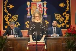 Sandra González (PP), tomando posesión/ Francisco Amador