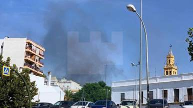 Columna de humo vista desde el Centro de Alcalá/ Lva