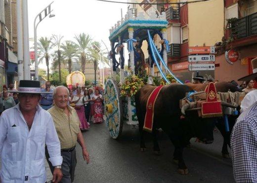 La Romería a su paso por la calle Silos / Hdad. San Mateo