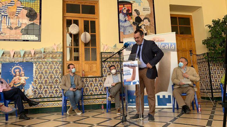 José Antonio Francés en la presentación de 'Tres décadas contando Alcalá' / Lva
