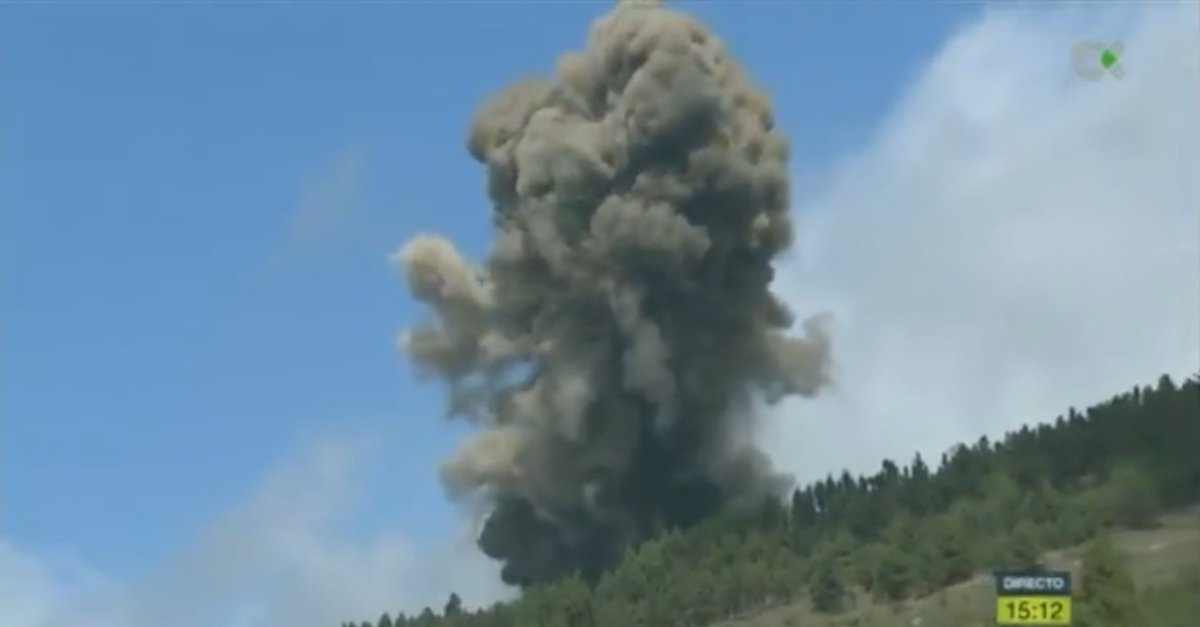 El volcán de La Palma entra en erupción / TV Canaria