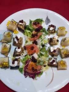 plato vegetarioano con perlas de aove