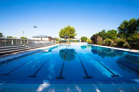 La ciudadanía pinteña podrá disfrutar de la piscina de verano a partir del 25 de junio y hasta el 5 de septiembre.