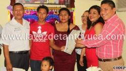 Se dan el sí en el Día del Amor y la Amistad, en Ixcatepec | LVDT