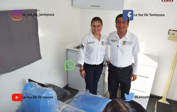 Entrega alcalde unidad médica móvil al Sistema DIF Municipal, en Chicontepec | LVDT