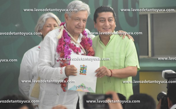 Tendrá Chicontepec internet gratuito, anuncia Andrés Manuel López Obrador