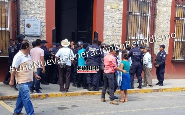 Campesinos intentaron retener a funcionario municipal